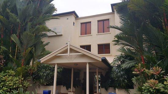 Meridian Port Douglas: La entrada