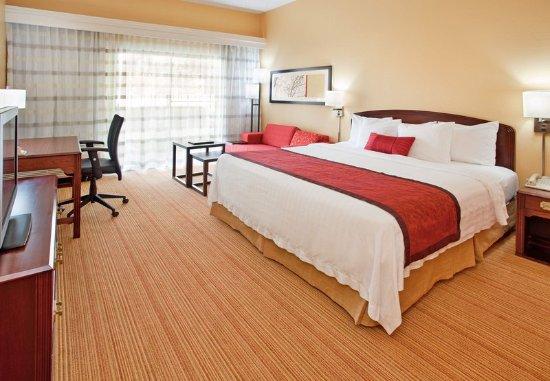 Stafford, TX: King Guest Room