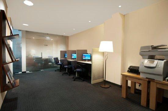 فييستا إن كويرنافاكا: Business Center
