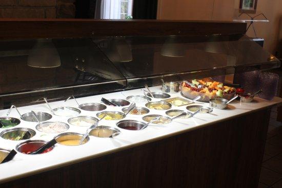 Grantsville, MD: Salad Bar