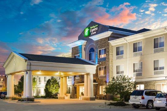 เบลวิว, เนบราสก้า: Welcome to the newly-renovated Holiday Inn Express & Suites!