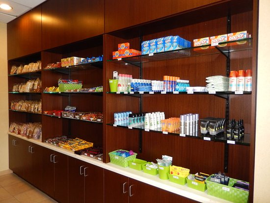 Kulpsville, PA: Our Sundry has snacks and personal care items 24 hours a day