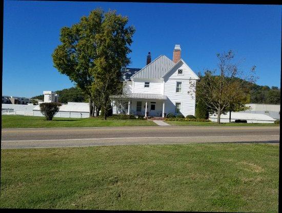 Dandridge, TN: 20171019_152423_large.jpg