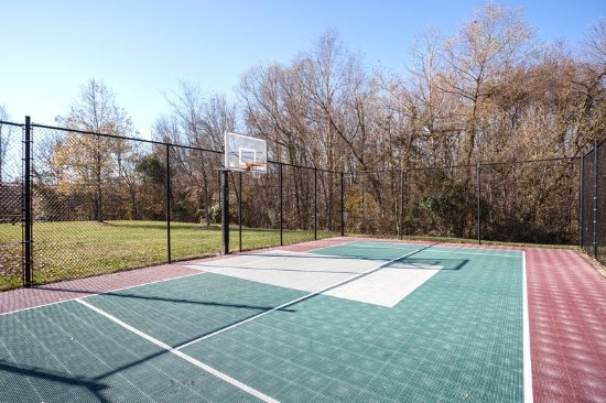 Candlewood Suites Research Triangle Park / Durham: Basketball Court Play Alone our With a Team