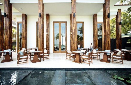 Cape Nidhra Hotel: Cape Nidhra - The Rocks Resturant