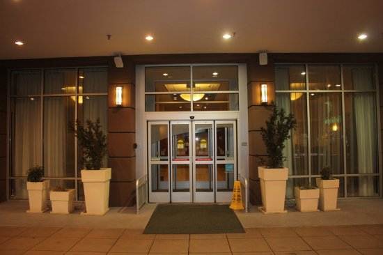 Holiday Inn Seattle Downtown: Entrance