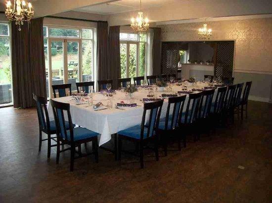 Pangbourne, UK: Dining