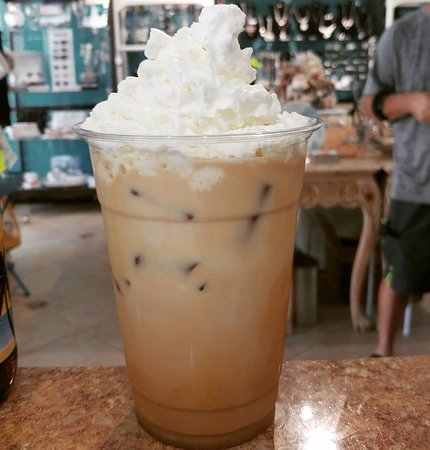 Singer Island, Floryda: Iced Latte with whipped cream if you please.