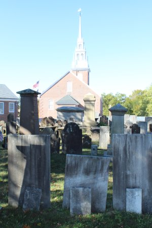 Old Burying Ground Wethersfield - graves back to 1600's