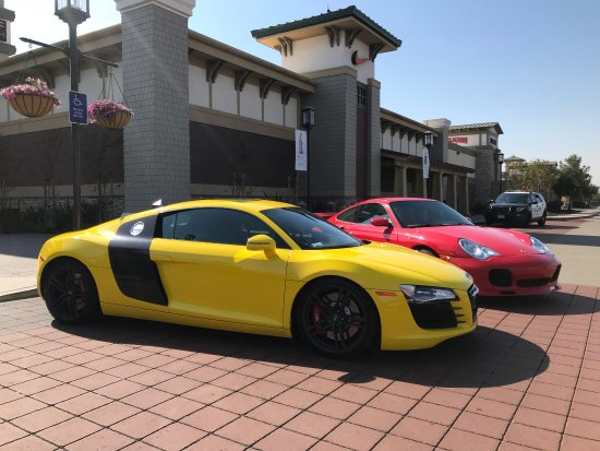 Livermore, CA: X3 Adventures: Driving Experience at the outlet mall!