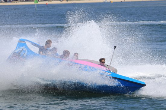 Main Beach, Australia: Be prepared to get a little wet on the jetboat ride at Gold Coast Watersports