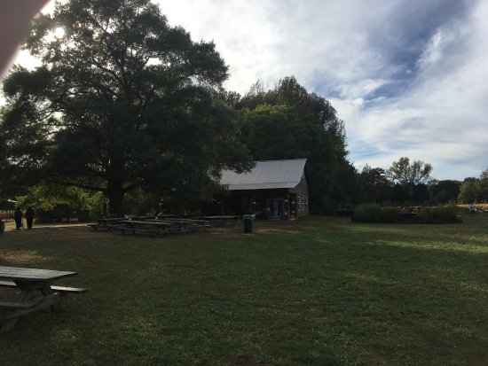 Florence, AL: The Kitchen at McGee Farm