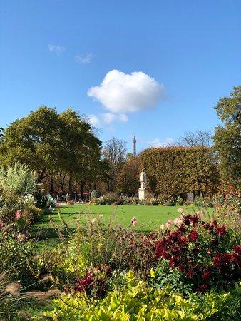 Jardin des tuileries paris france visiting jardin des tuileries with photos tripadvisor - Jardin des tuileries restaurant ...