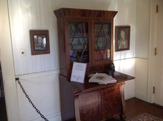 Manchester, VT: Furnitures