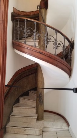 Museo Picasso : Staircase