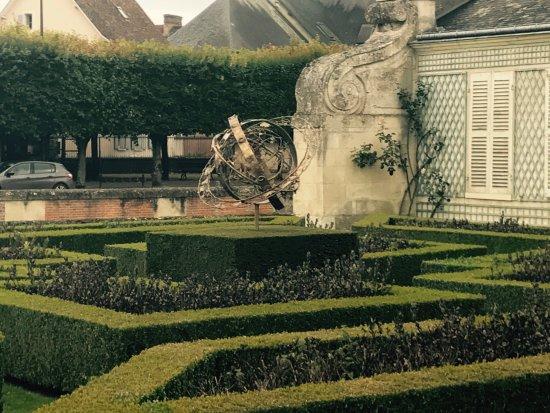Photos anet images de anet eure et loir tripadvisor for Entretien jardin eure et loir