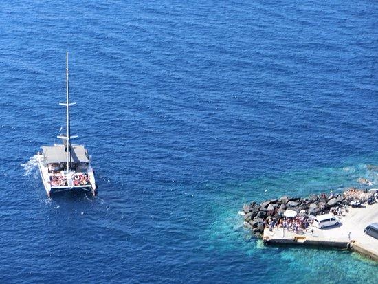 Amoudi Bay: アモウディ湾