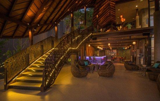 Sri Panwa Phuket Luxury Pool Villa Hotel: Shi Shi Lounge at The Habita
