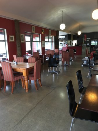 Twizel, New Zealand: Inside eating