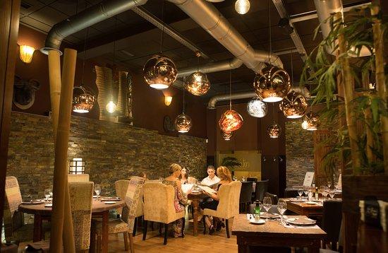 imagen Colonial Restaurant&drinks en Aspe