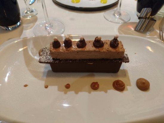 Saintes, France: Parfait chocolat et son coulant au carambar