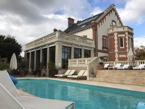La Villa Eugene: 001