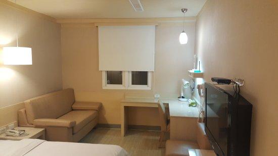 Kindness Hotel Jhong Jheng : 20170930_002629_large.jpg