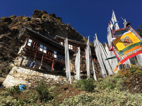 A Bhutan Travel Services Review