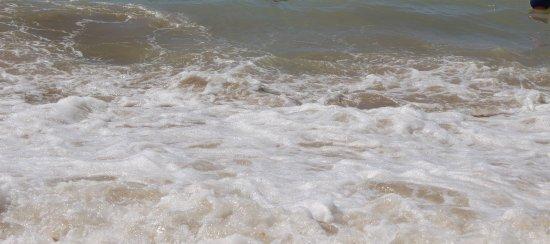 Islantilla, Spanien: Água sempre turva... Uma constante.