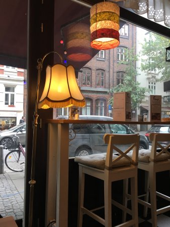 fr nzi vegetarisch und vegan hamburg restaurant bewertungen telefonnummer fotos. Black Bedroom Furniture Sets. Home Design Ideas