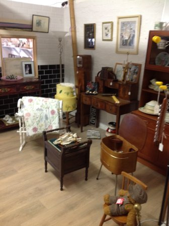 Old Coach House Antiques Centre: Retro items from some of our dealers