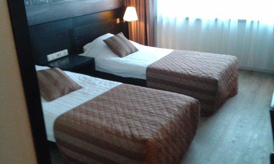 Santpoort-Noord, Nederland: Nice, large room -