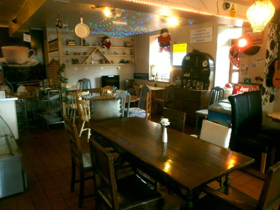 Laxey, UK: Come and dine with us!