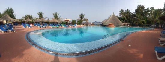 Senegambia Beach Hotel: Atlantic swimming pool