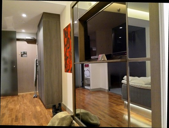 GLO Hotel Art: IMG_20171021_005833_large.jpg