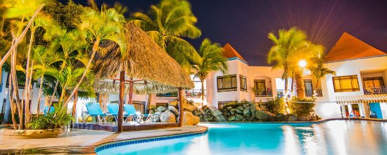 The Mill Resort & Suites Aruba: Really nice hotel nice room for couple near nightclub but they really need to better there servi