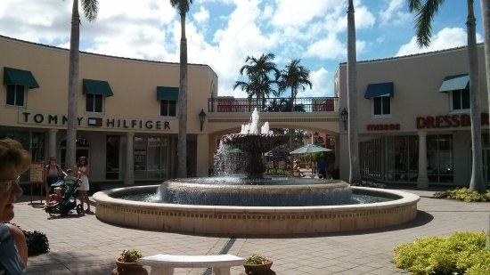 Miromar Outlets: PHOTO_20171020_141444_large.jpg