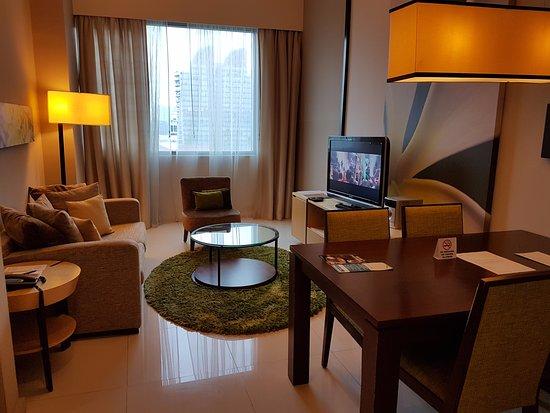 Somerset Ampang Kuala Lumpur: Very cozy living room.