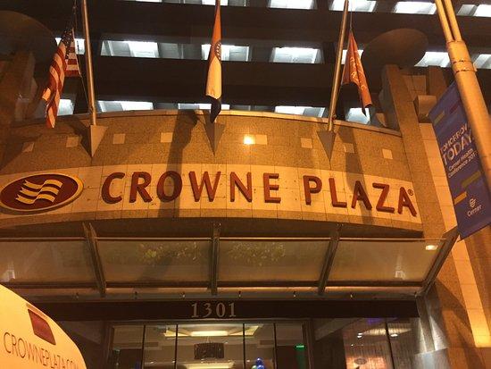Crowne Plaza Hotel Kansas City Downtown: photo0.jpg