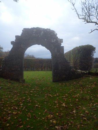 Kilmartin, UK: Castle looking East