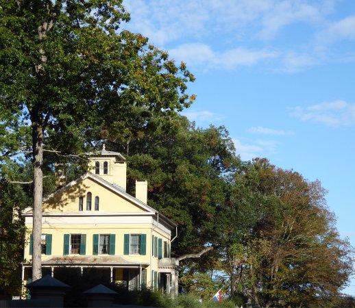 Amherst, MA: photo1.jpg