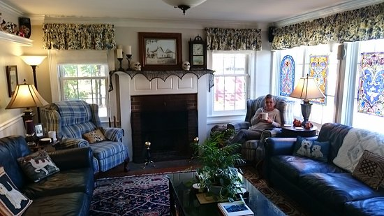Montgomery Center, VT: Family Room with Fireplace