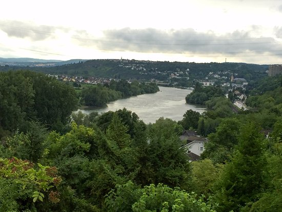 Urbar b Koblenz am Rhein, Германия: View of the surroundings
