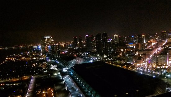 night view from the 30th floor picture of hilton san diego rh tripadvisor com