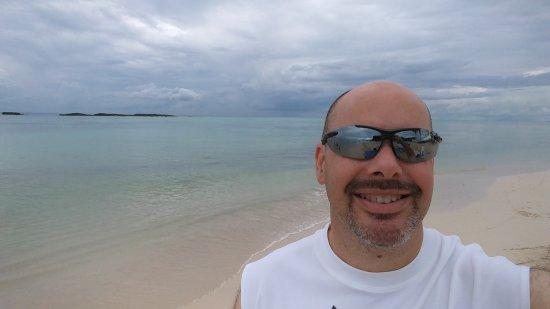 Paradise Cove Beach Resort: 1018170957_large.jpg