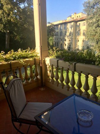 Four seasons hotel firenze updated 2017 prices reviews for Stufe regency
