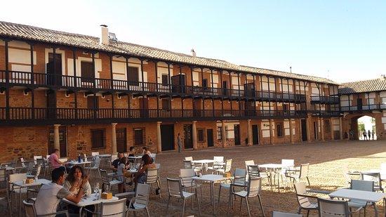 Plaza Mayor: Galerías corridas en las viviendas