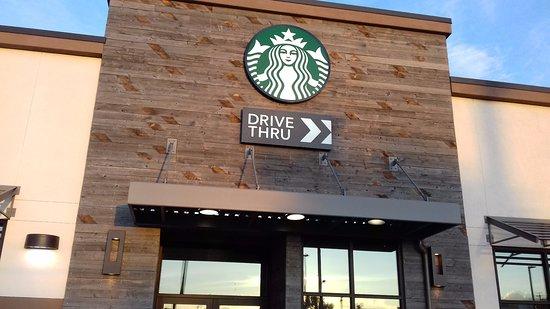 Hawthorne, CA: Entrance