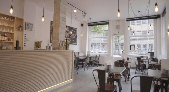 Saint-Gilles, Bélgica: Bun's Restaurant intérieur