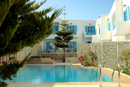 Pool - Picture of Kosmoplaz Beach Hotel & Resort, Mykonos - Tripadvisor